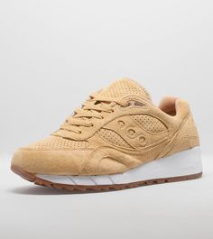 Saucony Shadow 6000 'Irish Coffee' Pack - find out more on our site. Find the freshest in trainers and clothing online now.