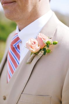 Groom outfit idea - beige suit with peach + blue striped necktie + rose boutonniere {Lara Kimmerer | photographer}