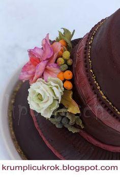 cake with sugar flower Sugar Flowers, Wedding Cakes, Birthday Cake, Food, Wedding Gown Cakes, Birthday Cakes, Essen, Cake Wedding, Meals