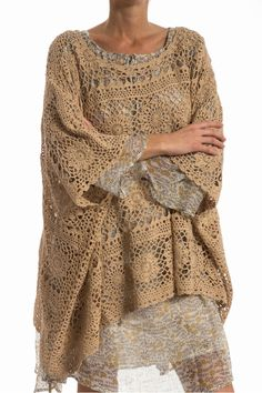 PONCHO JEANNOT MES DEMOISELLES-FICELLE - Brand Bazar. Could make this out of an old table cloth. Love the layers.