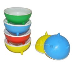 Set of six vintage plastic egg cups from the 1960s to 1970s UFO model, space age | PLASTIC DESIGN | Retro & Design - 2nd hand collectibles - Webshop for Retro-Vintage home accessories Retro Design, Vintage Home Accessories, Plastic Eggs, Plastic Design, Atomic Age, Egg Cups, Retro Vintage, Space Age, Ufo