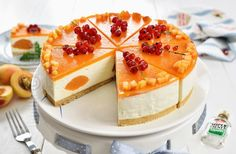 Cheesecake cu caise fara coacere - reteta video | JamilaCuisine Cheese Pies, No Cook Desserts, Culinary Arts, Nutella, Cookie Recipes, Cheesecake, Food And Drink, Sweets, Baking