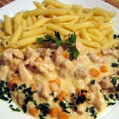Esterházy csirkeragu Receptek a Mindmegette. Meat Recipes, Chicken Recipes, Cooking Recipes, Healthy Recipes, Drink Recipes, Hungarian Cuisine, Hungarian Recipes, Hungarian Food, Good Food