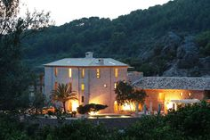 Port de Soller luxury villa to rent on Mallorca is surrounded by orange and olive groves, perfectly located between the sea and the Tramuntana mountain range. Gazebo, Pergola, Luxury Villa Rentals, Luxury Hotels, Villas In Italy, Hotel Pool, Beautiful Villas, Vacation Villas, Swimming Pools