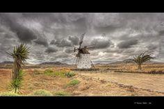 molino de viento en Fuerteventura, Islas Canarias. Topógrafo. Land Surveyor. Repin: Topografía BGO Navarro - Estudio de Ingeniería