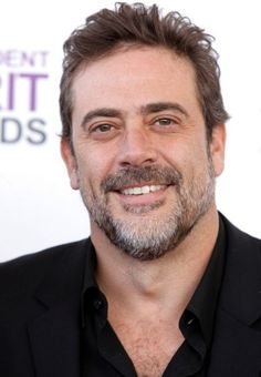 Jeffrey Dean Morgan ~ beautiful scruff