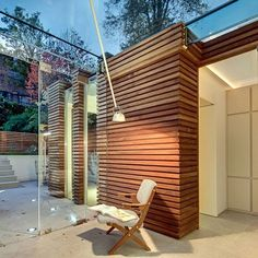 Image result for slatted wood wall decoration Wood Slat Wall, Wood Panel Walls, Wood Wall Decor, Wood Slats, Wood Paneling, Porch Wall, Patio Wall, Wall Exterior, Modern Exterior