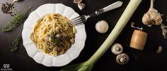 Μακαρονάδα με πράσο, μανιτάρια και κατσικίσιο τυρί