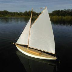 My recent pond yacht build