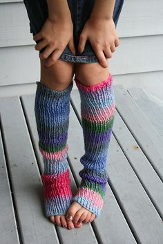 Ravelry: Hullo, Toes! cute free pattern for kids
