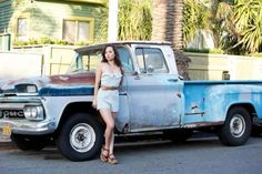 These Girls Love Diesel Trucks Every Guy Must See! Trucks And Girls, Car Girls, Truck Tools, Pin Up Models, Diesel Trucks, Girls Dream, These Girls, Elegant Woman, Pickup Trucks