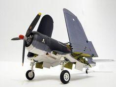 1:33 WWII Detail version F4U Corsair aircraft paper model PDF File