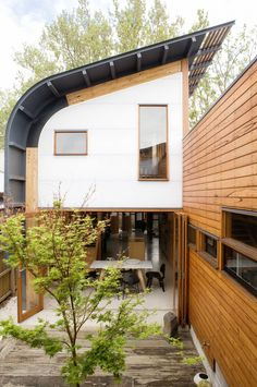 Architect Tim Hill's eco home. Styling by Glen Proebstel. Photography by Sam McAdam-Cooper.