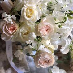 Christian Dior / パドドゥ表参道で一番のオーダーはお祝い花。それぞれのブランドイメージでお作りするブーケやアレンジメントは上質&エレガントで多くのブランドから支持されています。 Les roses romantiques sont toujours ravissantes! #paristokyo #dior #roseparfum #parisienne #pasdedeuxbouquetdereve #pasdedeux#パドドゥ #市川バラ園 #ジャルダンブラン #jardinparfumé