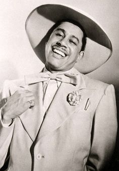 Find bio, credits and filmography information for Cab Calloway on AllMovie - Inaugurating his performing career in Baltimore, African-American musical entertainer Cab Calloway… Rock And Roll, The Blues Brothers, Vintage Black Glamour, Vintage Beauty, Black Actors, Miles Davis, Jazz Musicians, I Love Music, Jazz Blues