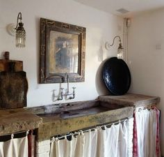 Beautiful European Country Kitchens {Decor Inspiration} Rustic trough sink in a European country kitchen with Old World style.Rustic trough sink in a European country kitchen with Old World style. Decor, Stone Sink, Rustic House, Rustic Country, Decor Inspiration, French Country Kitchens, Kitchen Decor Inspiration, Rustic Kitchen Design, Country House Decor