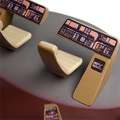 Star Trek TNG Bridge Set Lamp Additional Image— This gives me an idea. Star Trek Bridge, Star Trek Tv Series, Star Trek Cosplay, Starfleet Ships, Star Trek Ships, Star Trek Voyager, Series Movies, For Stars, Sci Fi