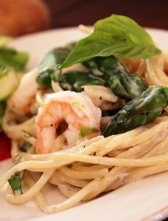 shrimp, asparagus,and goat cheese pasta