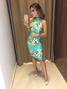 Imagem 49 maxi dress ideas you must try. Fabulous Dresses, Beautiful Dresses, Summer Outfits, Cute Outfits, Summer Dresses, Beach Gowns, Looks Style, Classy Dress, Fashion Outfits