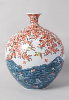 Arita artist Shoun FUJII (Japanese: 1938) - (Jar with Wave & Cherry Blossoms design)