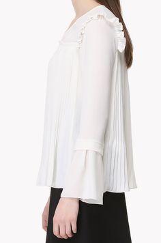 Pleated V neck blouse