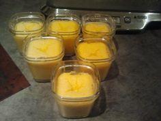 Aujourd'hui une recette de flan coco avec la yaourtière multi délices ici on l'adoooooore et les invités aussi en général pour 6 pots : 1 brique de lait de coco (20 cl) 1 boite de lait concentré sucrée (400 ml) 5 oeufs 7 cuillère a soupe de noix de coco...