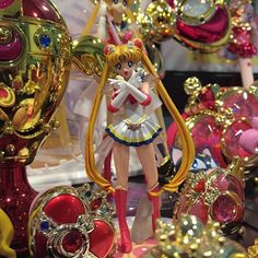 Can we please get more of these HGIF gashapon figures? Which toys would you like to see more of? #sailormoon #supersailormoon #compact #brooch #セーラームーン #美少女戦士セーラームー #bishoujosenshisailormoon #sailorscouts #sailormoonfigures #sailormooncollector #sailormoontoys #sailormooncollectibles #sailormoonfan #moonie #moonies #sailormooncrystal #sailormoon20th #bandai #sailormoonmerchandise #sailormoonfans #prettyguardiansailormoon  #sailormoon20thanniversary #sailormooncollection