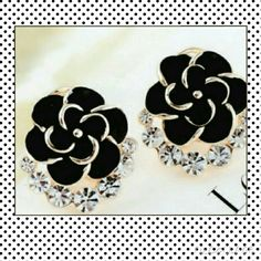 NAME YOUR PRICE  gold tone black floral NEW LISTING beautiful gold tone black floral earrings Jewelry Earrings