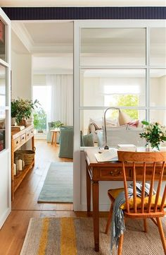 Office area separated from the living room by glass pane wall. House Styles, My Ideal Home, House Interior, Home Deco, Interior Deco, House, Interior, Kitchen Design, Home Decor