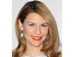 @Byrdie Beauty - Claire Danes attends the Producers Guild Awards in Los Angeles.