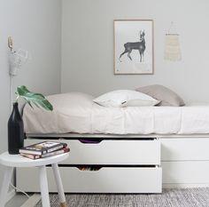 - Ikea DIY - The best IKEA hacks all in one place Room Design Bedroom, Ikea Bedroom, Home Room Design, Home Bedroom, Bedroom Decor, Girls Bedroom, Diy Storage Bed, Bedroom Storage, Extra Storage