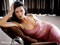 Catherine Zeta Jones | British Actress | Sexy and Nude Snaps - http://hagsharlotsheroines.com/?p=54100