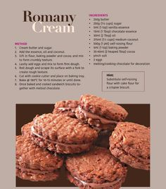 Romany Cream Biscuit Baking Recipes, Cookie Recipes, Dessert Recipes, Desserts, Biscuit Cookies, Biscuit Recipe, Sandwich Cookies, Cream Biscuits, Eid Biscuits