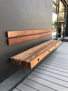 Fine Wood Table Designs Look around as you move throughout your day. From mailbox posts to pieces of furniture and art to full buildings, the power to use wood to create is Backyard Seating, Garden Seating, Outdoor Seating, Backyard Patio, Backyard Landscaping, Outdoor Decor, Wood Table Design, Patio Design, Garden Design