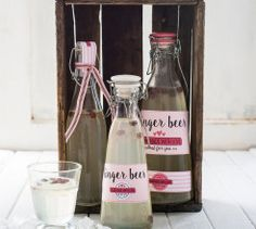 Your Family has been creating delicious recipes for busy women since the and has a huge repertoire of nutritious, easy and lip-smacking recipes on hand! Homemade Ginger Beer, Beer Recipes, Easy Recipes, Printable Labels, Free Printables, How To Make Beer, Beer Label, Special Recipes, Dry Yeast