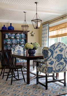 delft collection on the dining room wall | blue and white