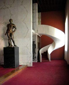 Pools' Palace and Gym. Fascist Architecture. Rome, Italy. Palazzo delle piscine: piscina olimpionica e palestra del duce.