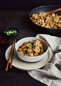 Asian Recipes, Healthy Recipes, Ethnic Recipes, Pasta Dishes, Food Photo, Vegetable Recipes, Food Inspiration, Easy Meals, Food And Drink