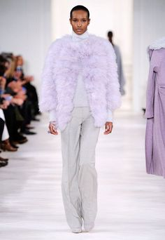 See some of the best fashion runway looks with the best trends for Fall/Winter 2014/15.