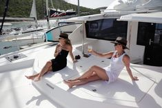 Top 15 Best Activities in the British Virgin Islands ~ Traveling Party of Four Romantic Vacations, Romantic Travel, British Virgin Islands Vacations, Soggy Dollar Bar, Surf Spray, Us Sailing, Sailing Adventures, What To Pack, Italy Vacation