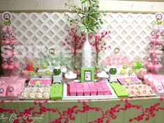 Google Image Result for http://www.babylifestyles.com/images/parties/ladybug-bugaboo-baby-shower/pink-green-bugaboo-ladybug-baby-shower-garden-dessert-table.jpg