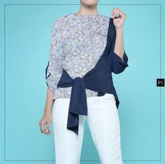 Bell Sleeves, Bell Sleeve Top, Fashion Ideas, Fashion Outfits, Batik, Ruffle Blouse, Modern, Inspiration, Tops