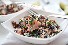 Sałatka z łososiem i dzikim ryżem