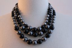 Necklace - Silver Tahitian pearls and Onyx