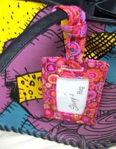 Make an easy luggage tag with this free tutorial.