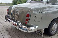 Mercedes 180, Classic Mercedes, Benz Car, Antique Cars, Classic Cars, Vehicles, Europe, Cars, Pickup Trucks