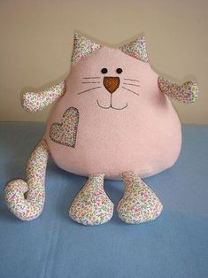 Amazing Home Sewing Crafts Ideas. Incredible Home Sewing Crafts Ideas. Fabric Toys, Fabric Crafts, Sewing Crafts, Sewing Projects, Fabric Animals, Sock Animals, Cat Pillow, Sewing Pillows, Sewing Dolls