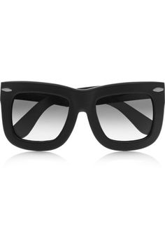 19b295f09de3d2 High fashion inspired style cat eye sunglasses featured large frame  detailed with stylish design Sunglasses dimensions  Frame Height  Frame  Width