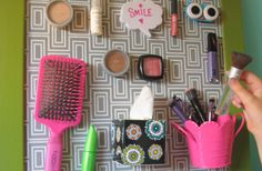 cool way to store makeup for a teen