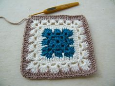 Sacha square (pattern in French)
